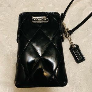 Coach corner zip phone/wallet case